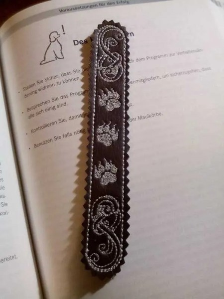 Embroidery Design Paw Band Bookmark ITH