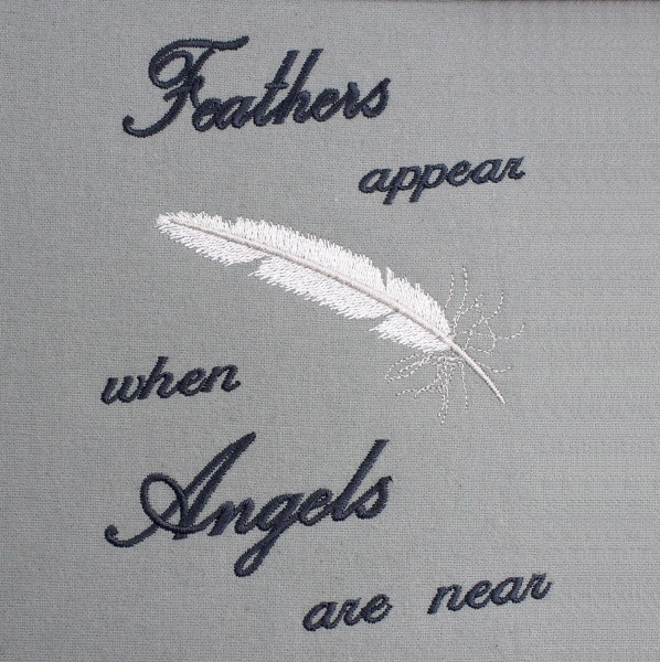 Embroidery Design Feathers Appear