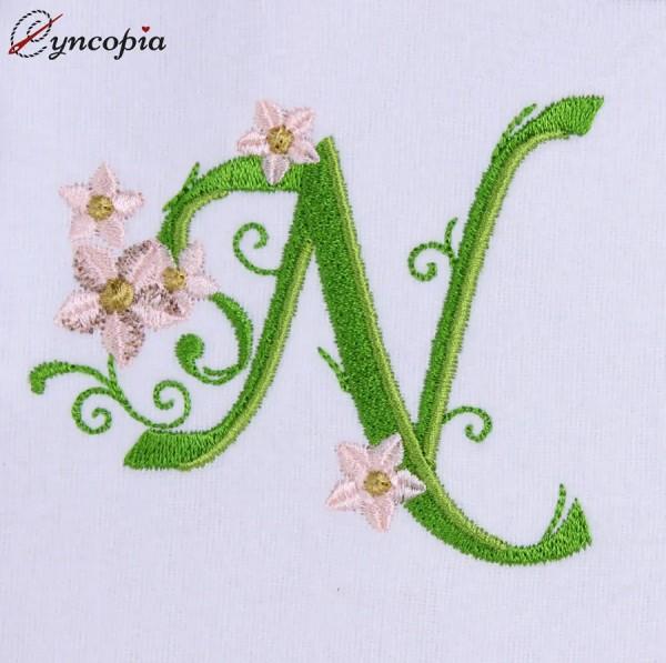 Motif de Broderie l'Alphabet des Marguerites N