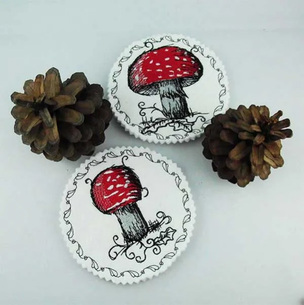 Embroidery Design Toadstool Coaster ITH